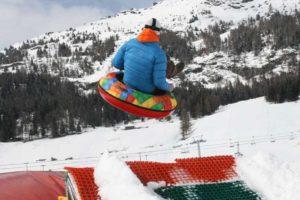Salto con Snowtubes